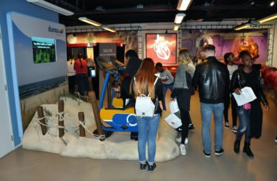 http://www.zuiderlichtcollege.nl/wp-content/uploads/DSC_0407.jpg