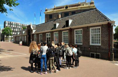 http://www.zuiderlichtcollege.nl/wp-content/uploads/DSC_0699.jpg